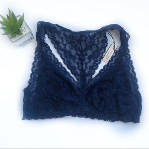 Victoria's Secret   navy blue lace vs bra new